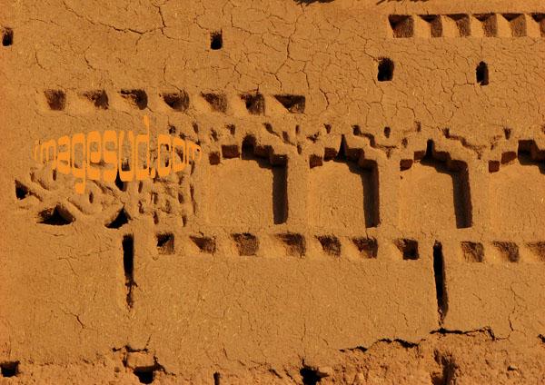 Architecture en adobe : ancien ksar du Maroc du Sud : détail, Aît ben-Haddou