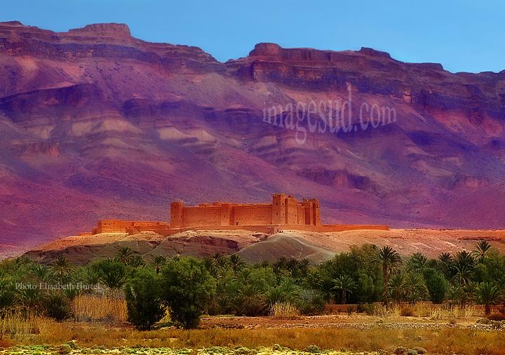 Forteresse en terre, vallée du Drâa, Grand Sud Maroc