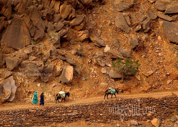 Anti-Atlas : petit chemin de montagne, grand sud Maroc