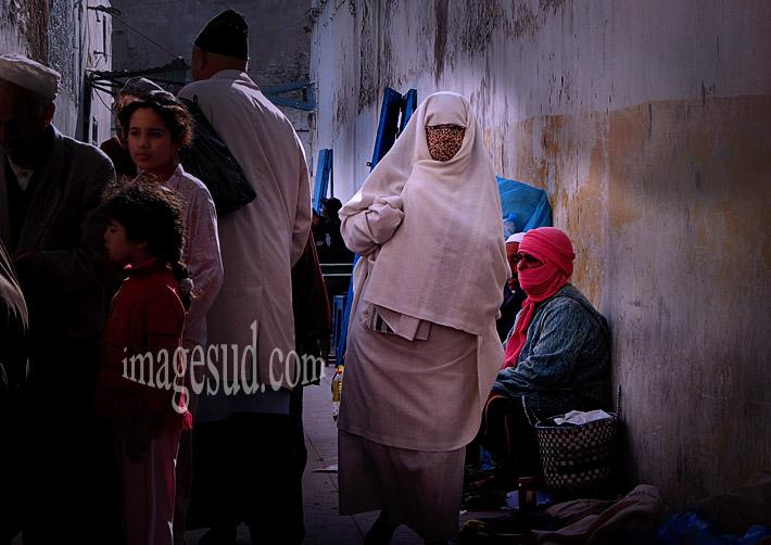 Scène de rue de medina, Maroc