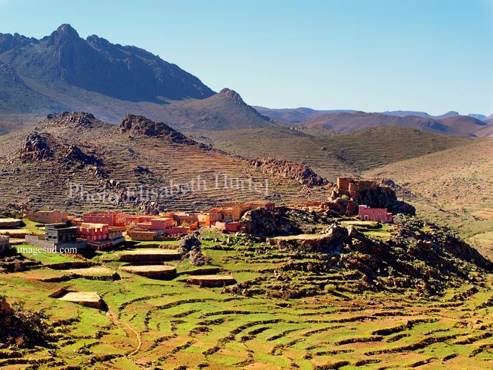 Paysage du Maroc : village de l'anti-atlas