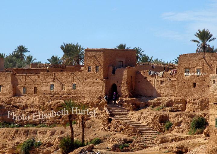 Porte d'un village fortifié du Sud Maroc