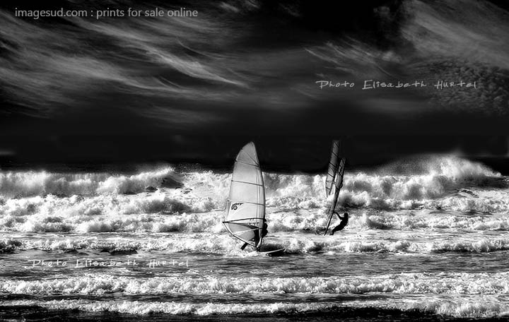 windsurf-wave-bw-sea-604