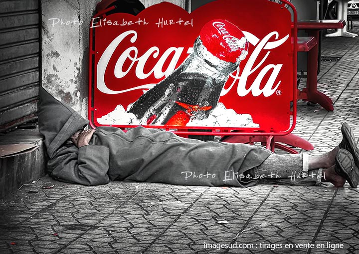 cocacola-4179-noir-blanc-rouge