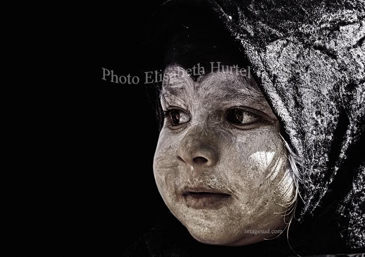 Portrait d'enfant, photo noir et blanc