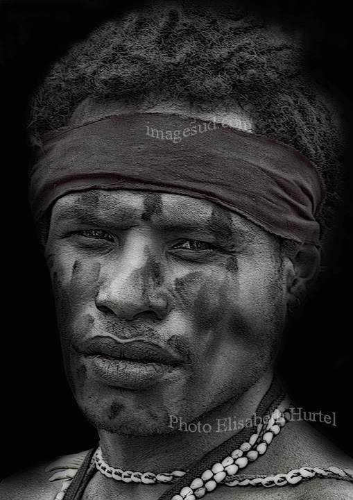 Photo d'art en noir et blanc, portrait of a papuan young man