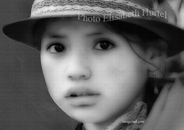 Portrait d'une jeune fille des Andes, photo d'art sur toile, noir et blanc