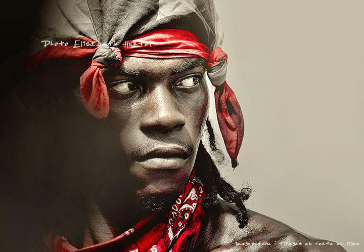 Portrait d'art en noir et rouge