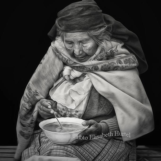 Une assiette de soup, scène de rue dans les Andes