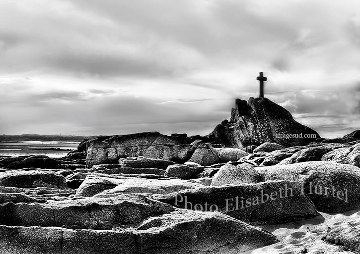 Paysage marin de Bretagne en noir et blanc