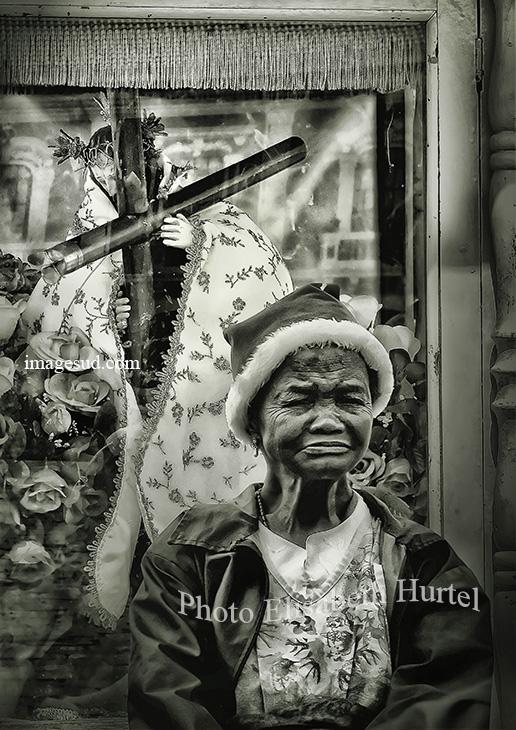 Photographie en noir et blanc : Noël avec Jésus