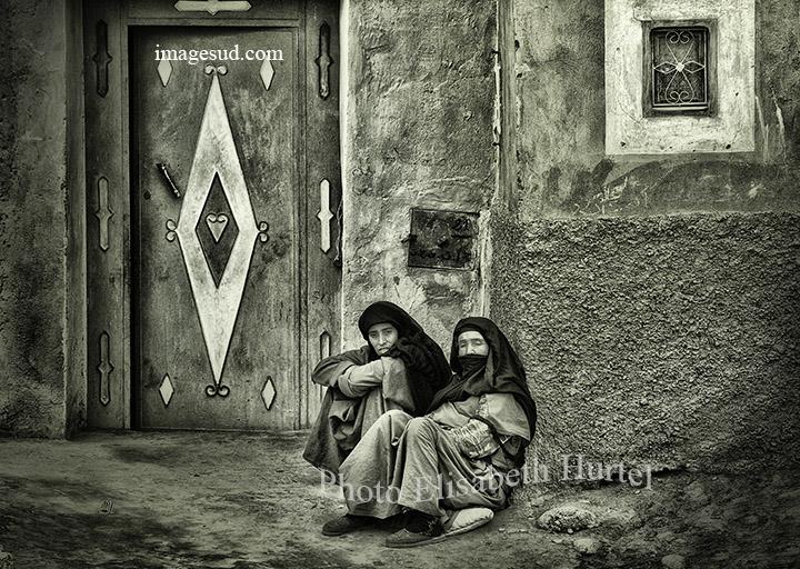 Au village au Maroc, photographie noir et blanc