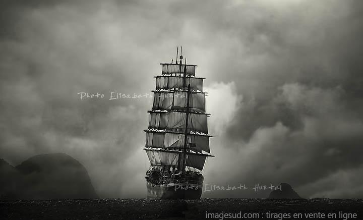 Mer et bateaux, grand voilier sous voiles