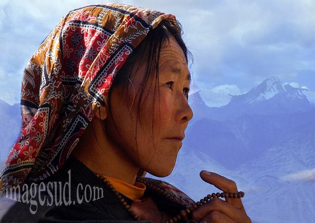 visage-femme-peuple-himalaya-p2-8190