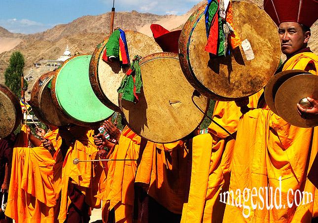 Musique bouddhiste, cérémonie au Ladakh