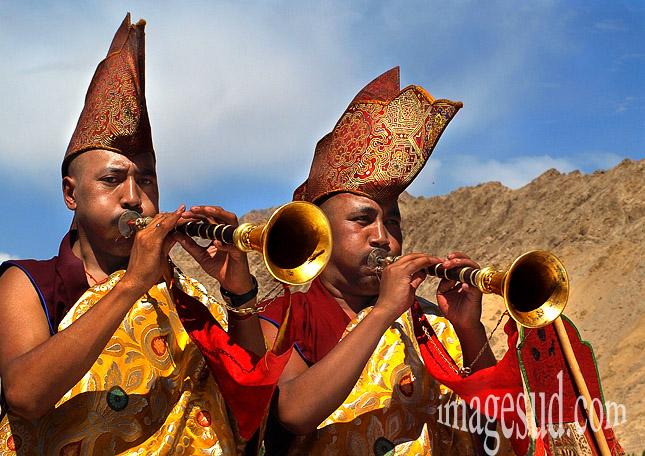 Musiciens, cérémonie bouddhique au Ladakh