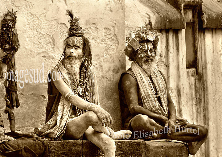 Nepal : sadhus in a hindu temple. Sadhus du Nepal