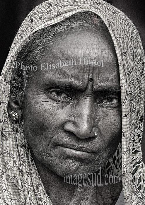 Nepal : portrait de femme.