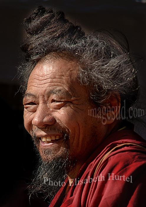 Nepal : le lama qui rit. Nepal smiling lama.